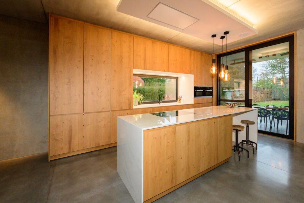 Landelijke keuken met hout